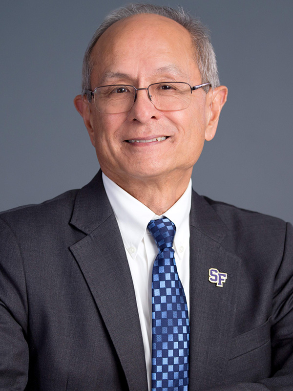 Photo of President Les Wong