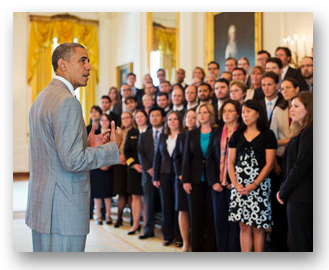Photo of President Barack Obama addressing 96 PECASE awardees.