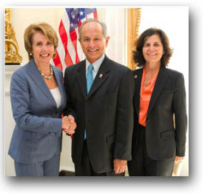 Photo of House Democratic Leader Nancy Pelosi (left) with University President Les Wong and his wife, Phyllis.