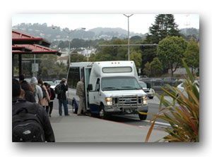2.	A photo of the campus shuttles