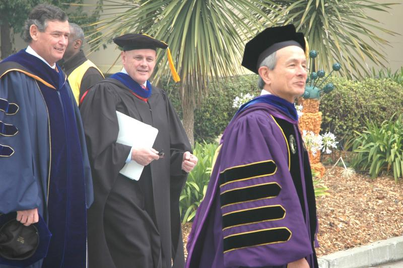 A photo of California State University Chancellor Timothy White (left) A. Robert Linscheid, chairman of the CSU Board of Trustees, and President Leslie E. Wong.